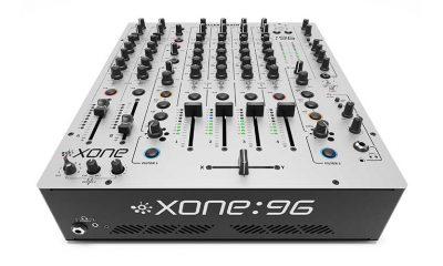 Analogue DJ Mixer