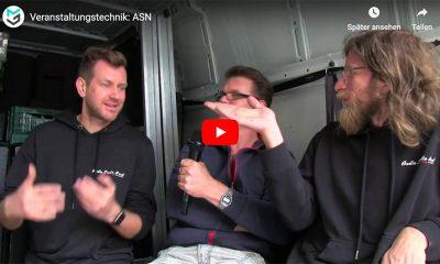 Danny und Mike Rauchfleisch (v.l.n.r.) im Lieferwagen mit Markus Wilmsmann von mothergrid.