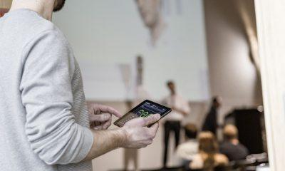 Sennheiser Control Cockpit ermöglicht den schnellen Zugriff auf alle drahtlosen Mikrofone in einem Unternehmen oder auf einem Campus – sei es mobil, aus dem Kontrollraum oder vom IT-Helpdesk aus.