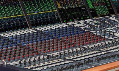 Auf der Tonmeistertagung wurde die Parallelkompression (New York compression) als brandneues Feature erstmalig vorgestellt.