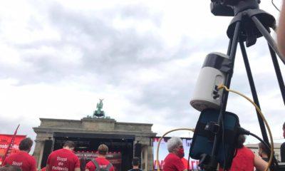 Die Abschlusskundgebund am Brandenburger Tor, zu finden auf dem YouTube-Kanal von mothergrid.