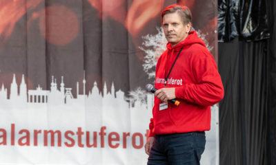 Nico Ubenauf am 28.10 auf der Abschlusskundgebund der Demo zur Rettung der Veranstaltungswirtschaft in Berlin. © Uwe Müller