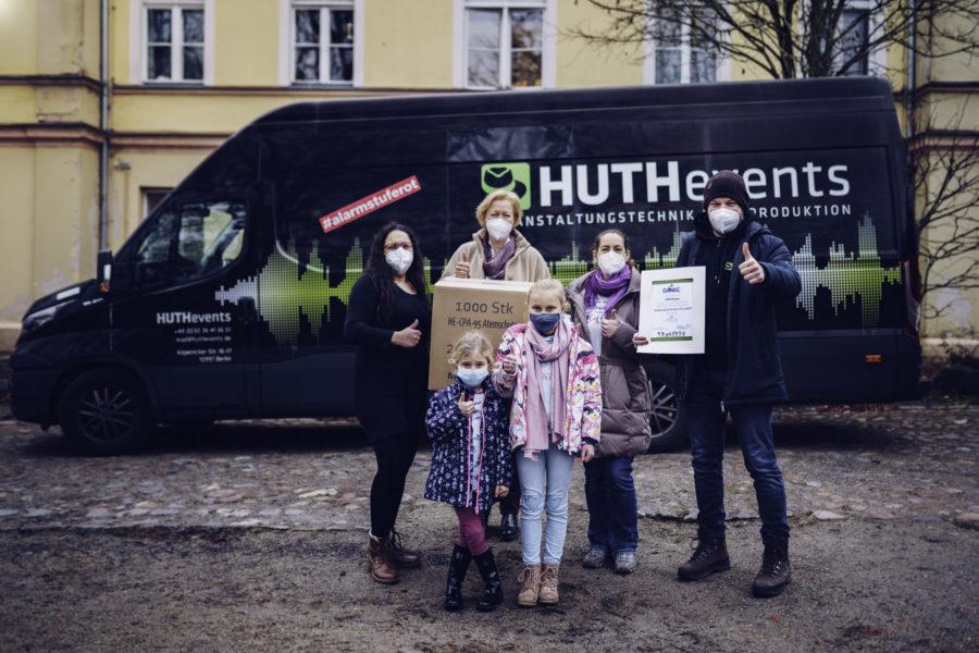 Auch die Havel-Kids freuen sich über 1.000 Masken.
