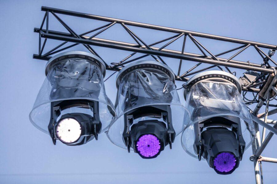 Der Martin MAC Ultra Performance erreicht mit seiner Hochleistungs-LED-Engine, die mit einer Farbtemperatur von 6.000K und einem ausgewogenem Rot-Anteil für beste Lichtqualität und hochgradig natürliche Farbwiedergabe sorgt, einen enormen Output von 46.500lm. © Emmanuel Schawaller
