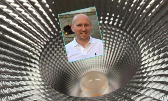 Gerhard Feiner beantwortet Fragen zur energieeffizienten Beleuchtung von Versammlungsstätten.