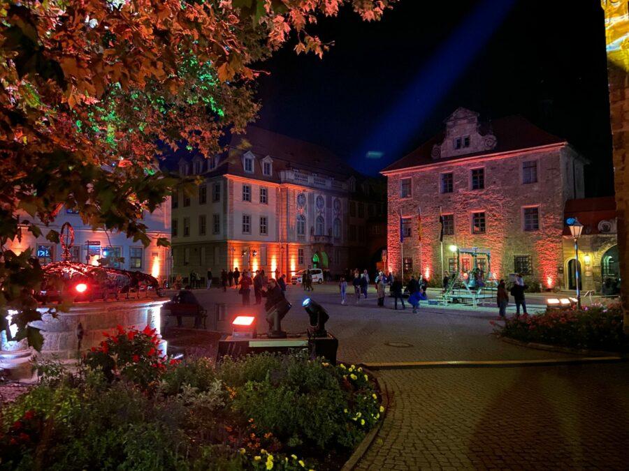 Auch der Domplatz wurde schick illuminiert.
